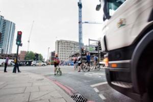 cyclist-lorry1000x666