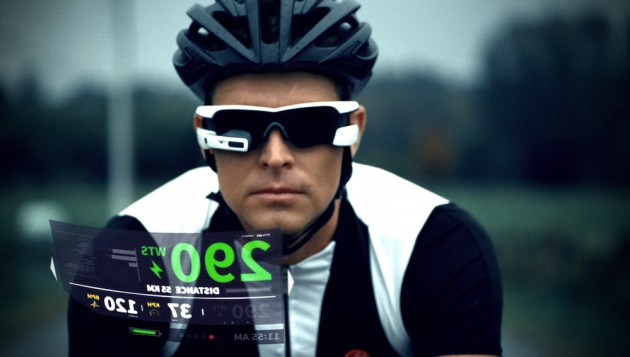 Photo: Chris Froome will never have an excuse for staring at his stem again if he adopts this exciting new product from Vancouver based company Recon Instruments.