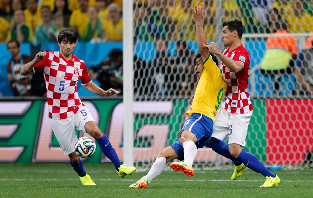 Fred penalty Brazil Croatia