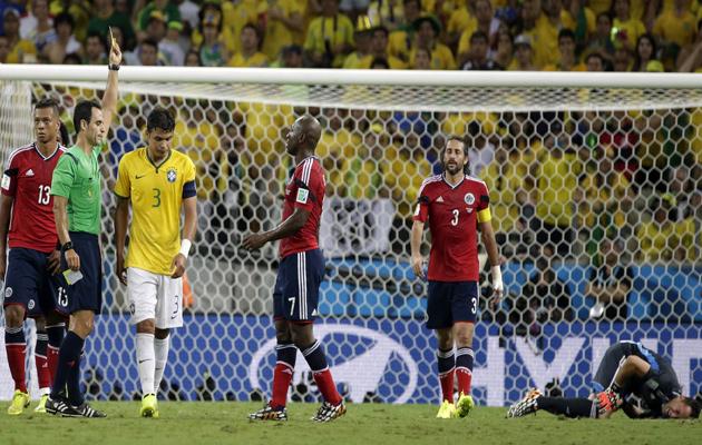 Thiago Silva yellow card