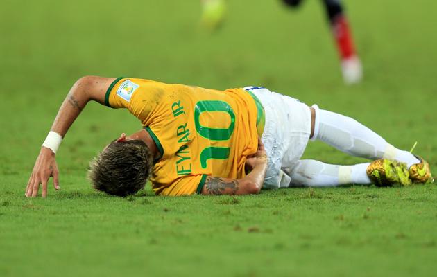 Neymar injury vs Colombia