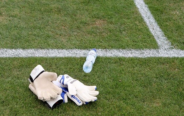 Swiss goalkeeper water bottle