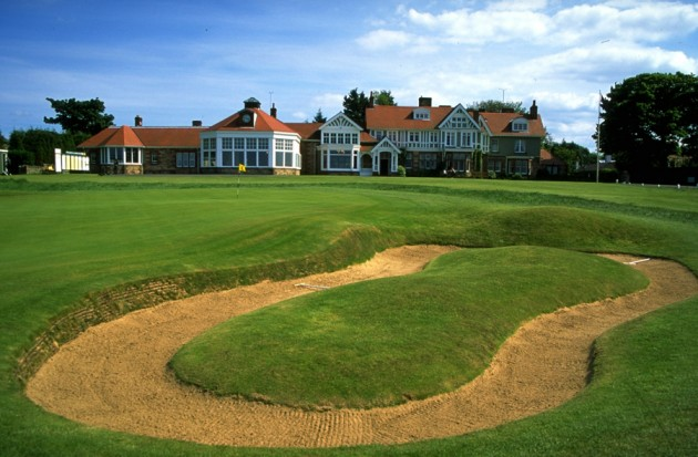 Muirfield 18th green and clubhouse