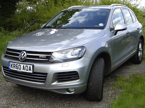 4x4 reviews volkswagen touareg 3 0 v6 tsi hybrid. Black Bedroom Furniture Sets. Home Design Ideas
