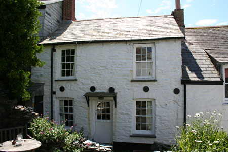 seaside cornish cottage auction country life