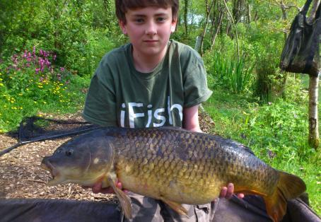 Common carp: Aaron Stephenson  New Pb - 15lb 8oz common carp