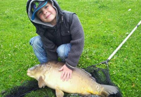 Mirror carp: MY NEPHEWS FIRST CATCH