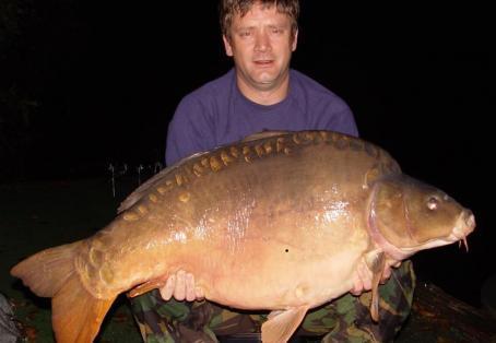 Mirror carp: My dad's monster 54 &1/2 lb carp