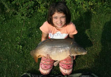Mirror carp: Natasha's new PB - that's two in one night!