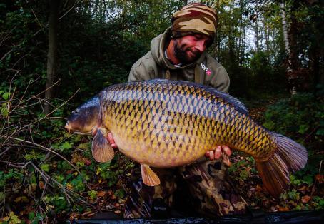 Common carp: dan leney 46.10 common