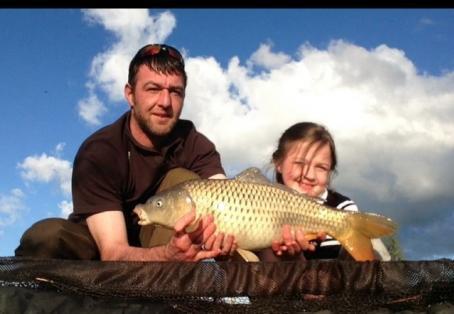 Common carp: New PB for my daughter 10lb 2oz common