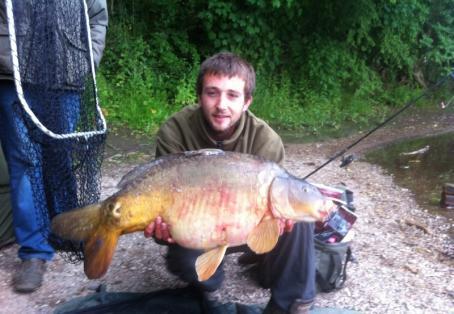 Mirror carp: 25lb river mirror carp