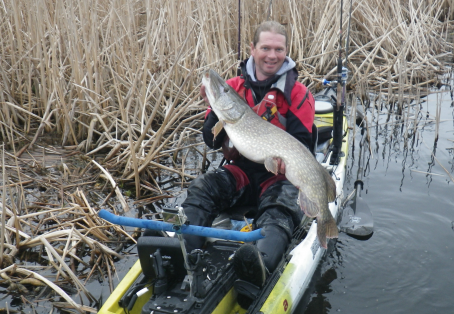Pike: 26lb 9oz kayak caught pike