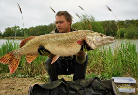 Pike: New PB and lake record On spam!