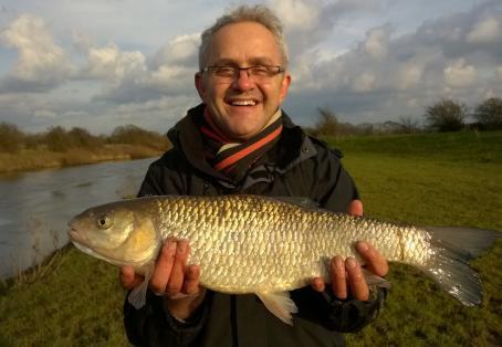 "Chub: John Tomsett ""Fishing for pike and catch a huge chub!"""