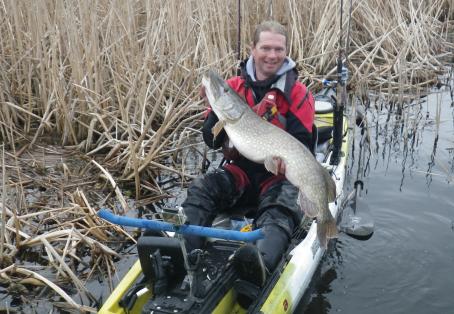 Pike: 26lb 9oz kayak caught pike