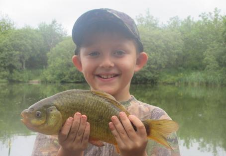 crusian: Sons first carp session
