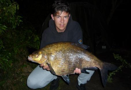 Bream: 14lb 1oz bream from an 80 acre southern pit